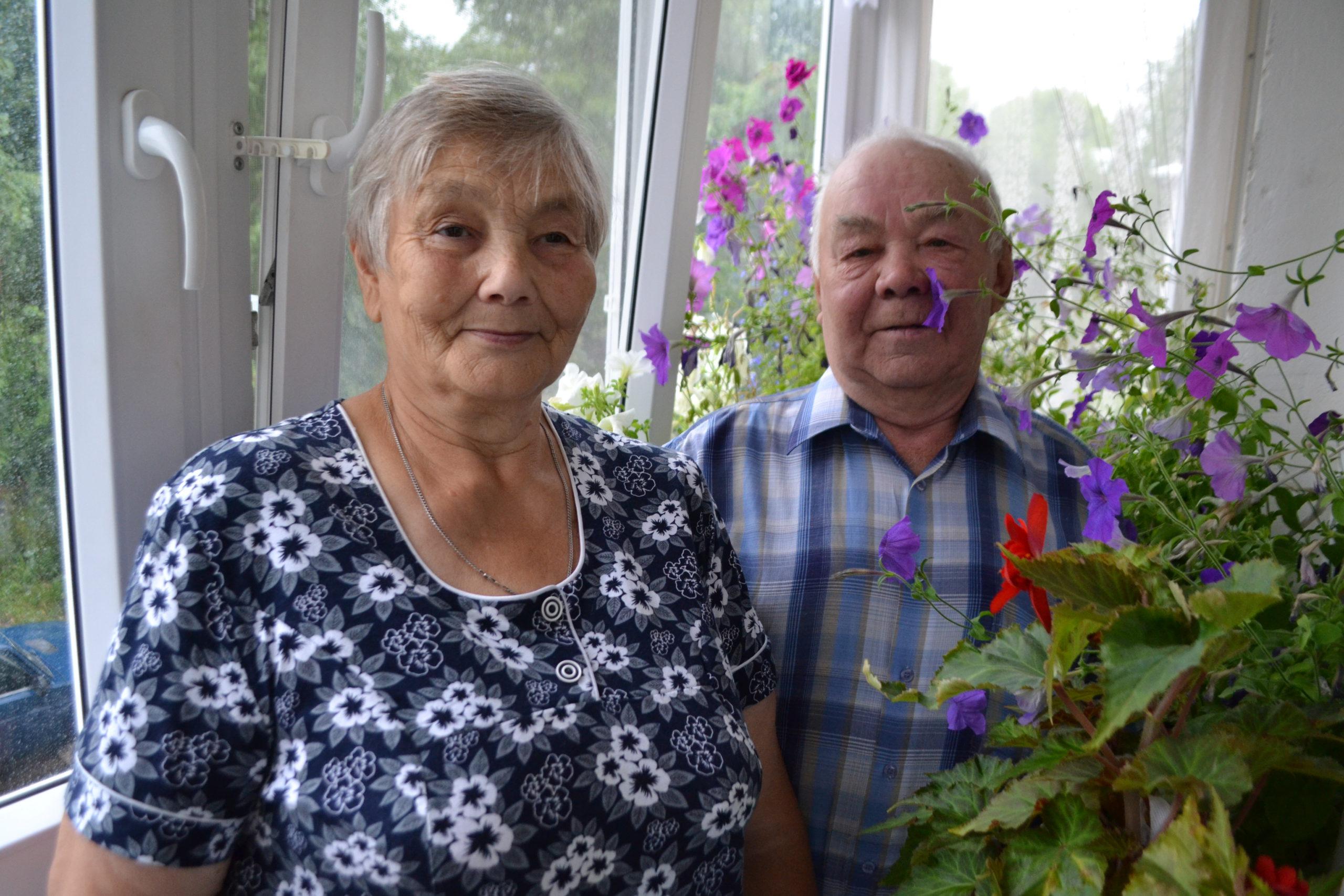 Общий трудовой стаж супругов Ажгихиных - больше 70 лет